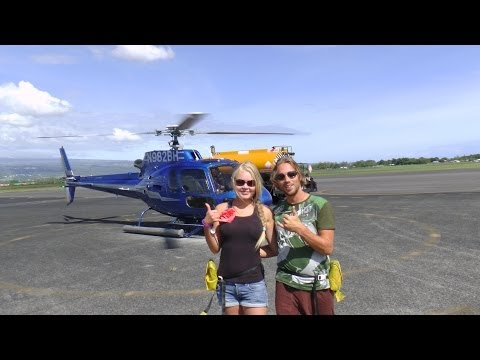 FLYING CRAZY HELICOPTER TOUR OVER ACTIVE VOLCANO IN HAWAII