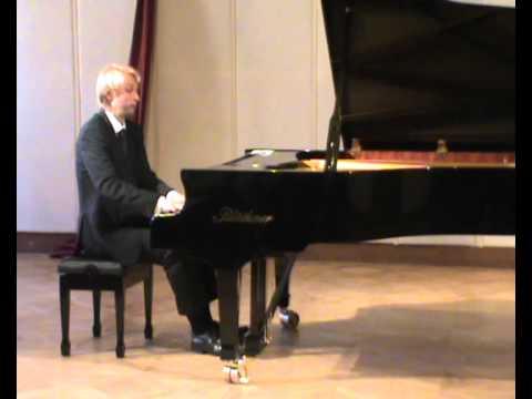Chopin Scherzo no. 3 op. 39: Ivo Kahanek live at Levoca