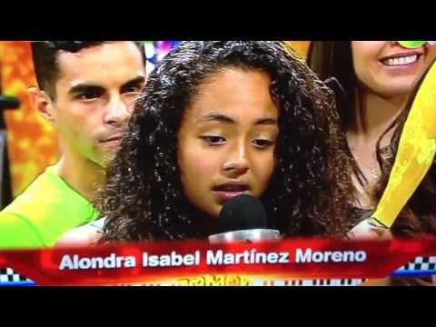 Maria Jose Villegas Singing In Acábatelo/cantando En Acábatelo.