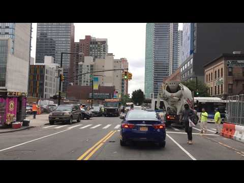 Drive 4K - Long Island City - New York City USA