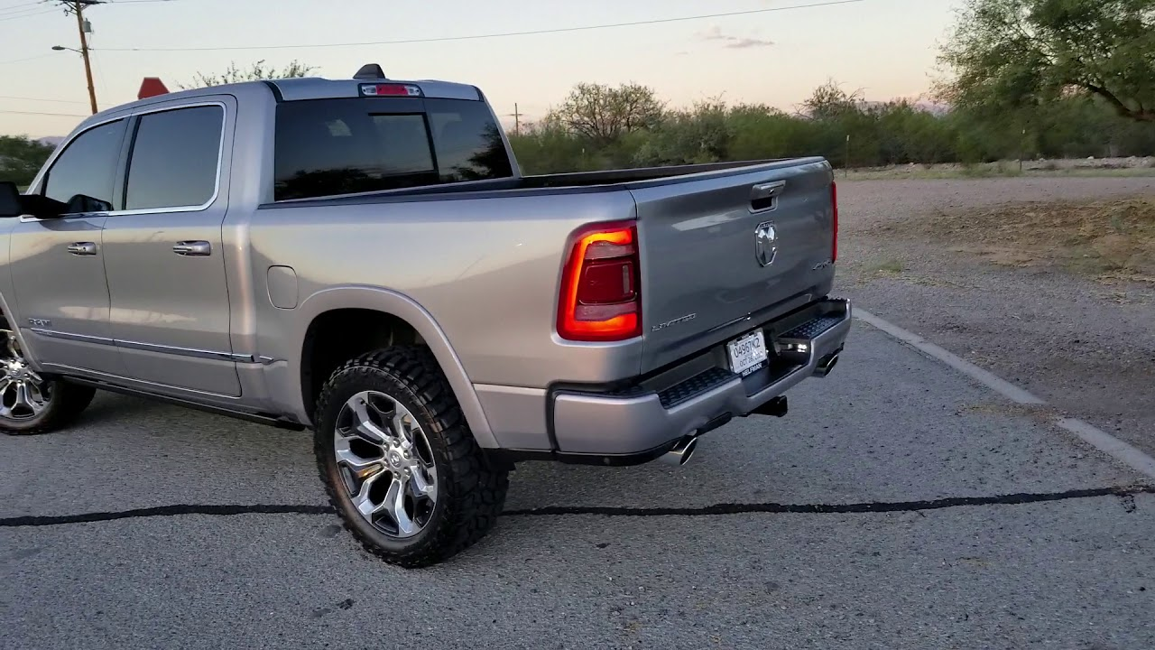 2019 Ram 1500 Limited 22 Inch Stock Wheels 35 Inch Tires Youtube