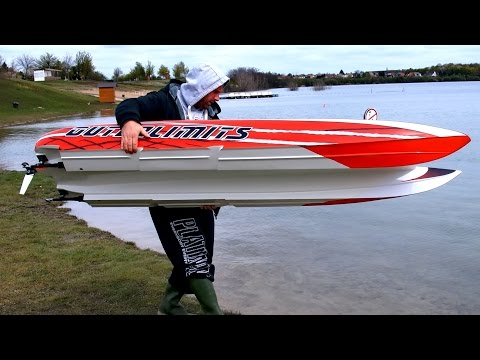 GIGANTIC POWERFUL RC POWERBOAT SPEEDBOAT HPR-233 130 KMH BRUTAL SPEED 25000 WATT