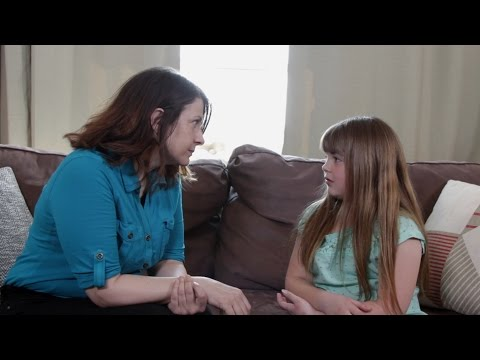 Heartbreakingly Adorable: Watch This Mother Explain Death To Her Child