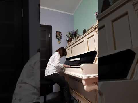 Для Международного конкурса пианистов Владимира Крайнева.