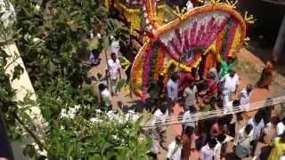 Похороны в Индии(Похороны в Индии, Ауровиль., 2013-03-28T06:42:45.000Z)