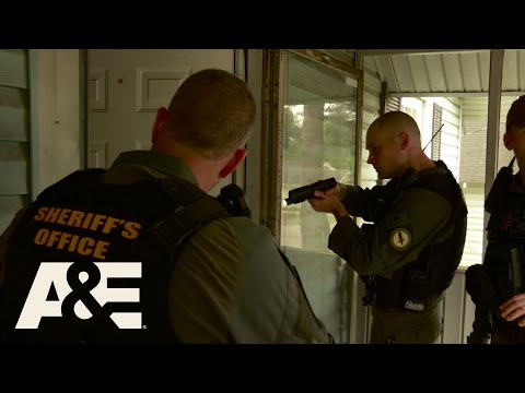 Live PD: Sitting Down and Manning Up | A&E