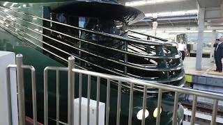 【豪華列車】(TWILIGHT EXPRESS瑞風)87系寝台気動車 回送 大阪駅発車