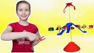 Кто удержит баланс? Видео для детей от Ulyana's Empire