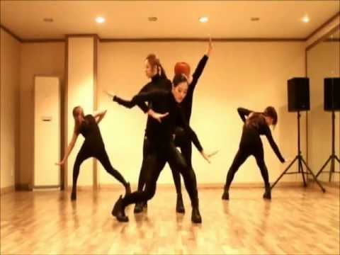 "MBLAQ - ""It's War"" Dance Cover by Black Queen"