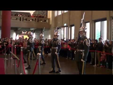 Changing of the Guards - Sun Yat-Sen Memorial Hall