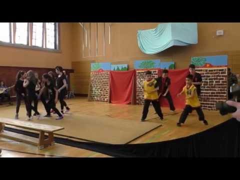 talentCAMPus Neukölln   Aufführung Chinesisches Theater in der Zürich Schule