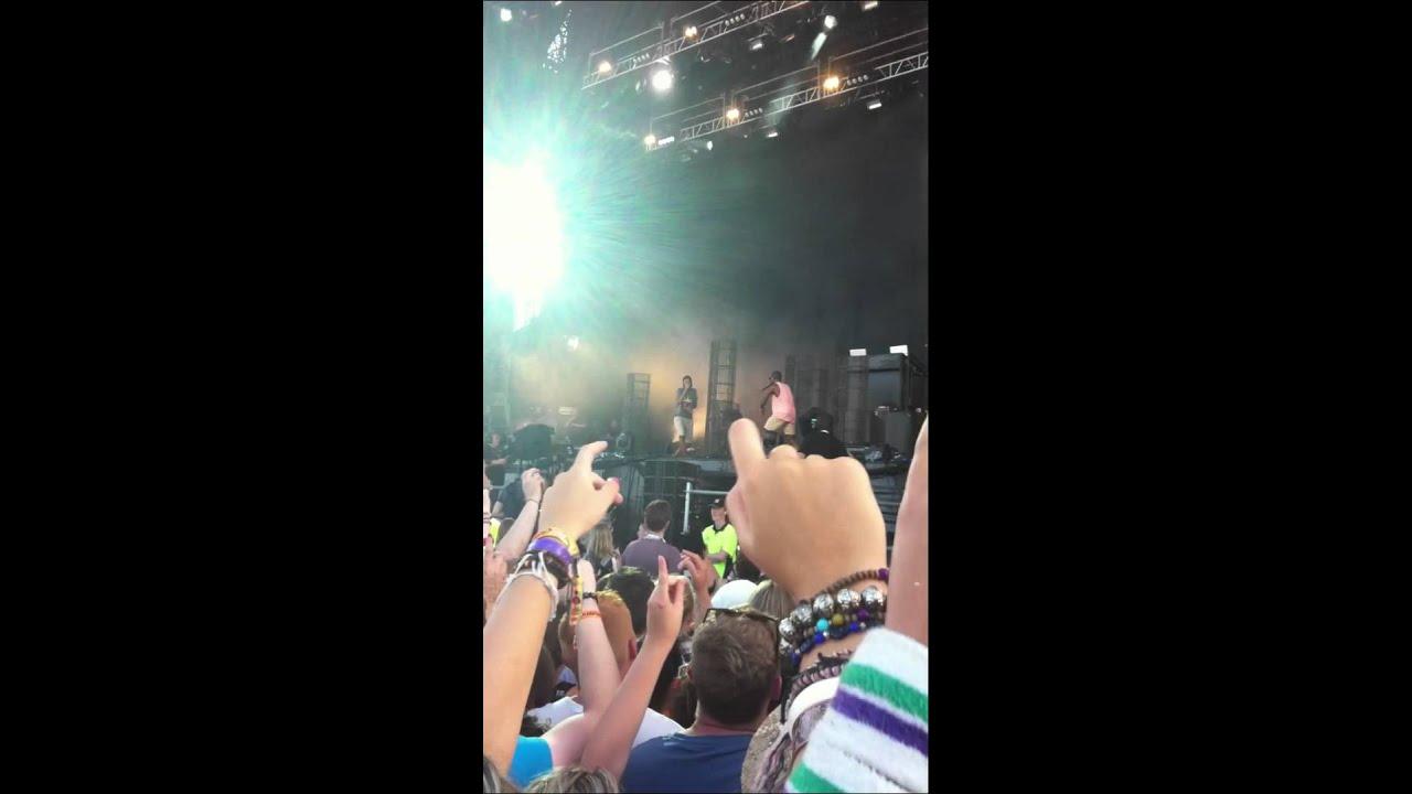 Download Tinie Tempah - Frisky - V Festival 2012