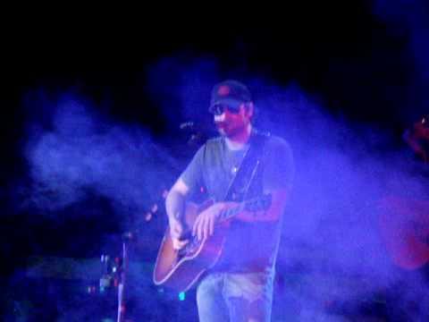Smoke A Little Smoke - Eric Church - Greensboro NC 2-18-12