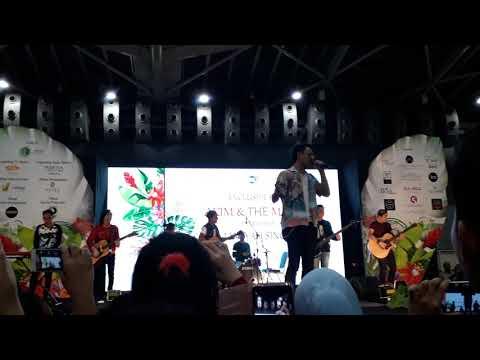 Akim & The Majistret - Mewangi (Akustik Live) @ Singapore Expo