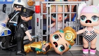 LOL Surprise Dolls Stopped by Playmobil Police | Toy Egg Videos