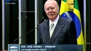 Após quase 60 anos de vida pública, Sarney se despede do Senado
