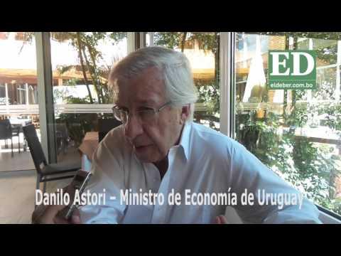 Uruguay expresa su interés por el gas de Bolivia