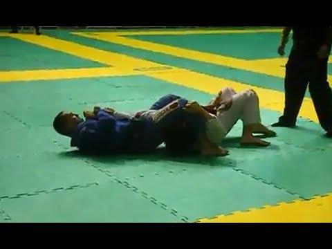 TBT: O armlock de Raphael Abi-Rihan no Brasileiro de Jiu-Jitsu, há 10 anos