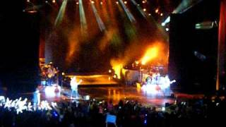 Jonas Brothers - Drive My Car ( Beatles Cover ) PNC Holmdel, NJ   8-16-2010