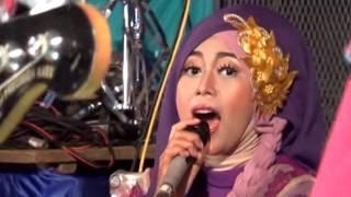 Video 12 QASIDAH MODERN ARIMBI download MP3, 3GP, MP4, WEBM, AVI, FLV November 2018