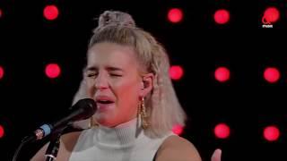 The BSMNT: Anne-Marie - Alarm (live bij Q)