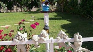 Прикольные фигурки для сада