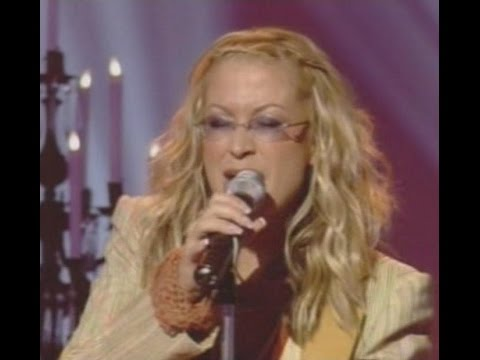 Anastacia performing