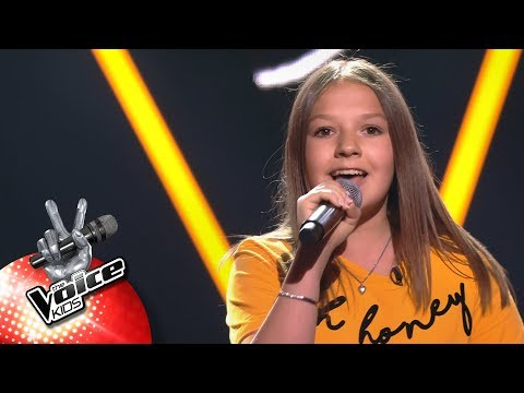 Amber - 'Ghost' | Blind Auditions | The Voice Kids | VTM