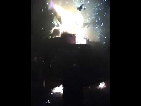 Yenshuei Burning and Exploding Dragon Taiwan 鹽水蜂炮