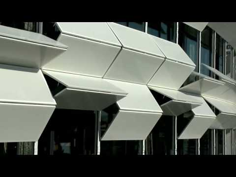 "Dynamic facade ""Kiefer technic showroom"""