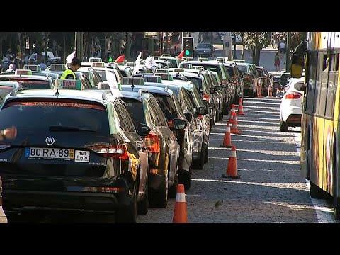 Taxistas em greve contra