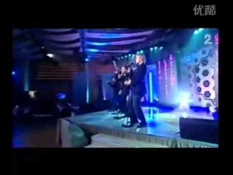 WESTLIFE   Something  Right  (Live)