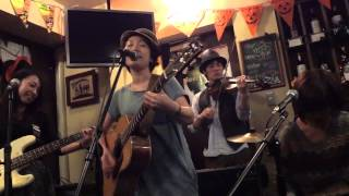 "2014年10月7日 浅草橋 Standing Wine Bar bevi ""aco Live Final!"""