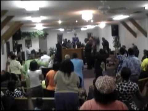 Bishop Anthony Willis Ushers in the Spirit of God ...