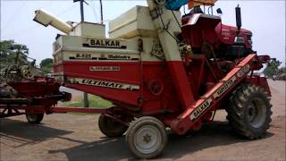 धान काटना का आधुनिक मशीन Dhan Katne Ka Modern Machine on Road