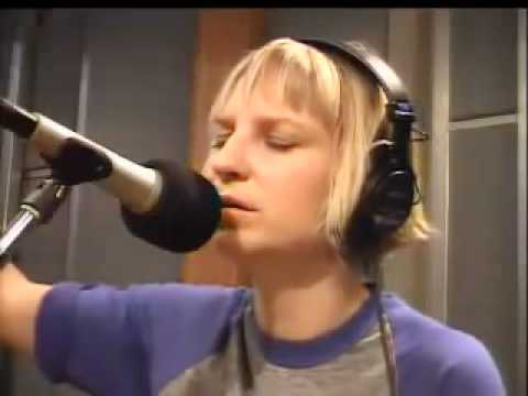 Sia - Breathe Me (2007).flv
