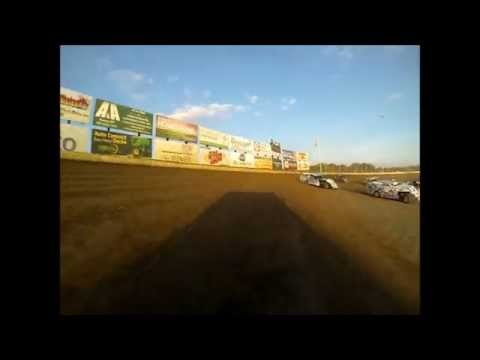 Alan Wagner's #44 USRA modified heat race at Deer Creek Speedway