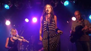 Watch Kasey Chambers Train Wreck video