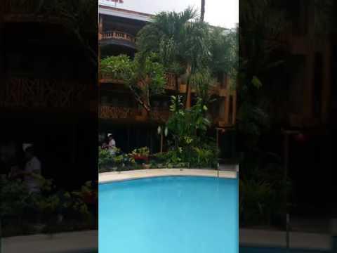 Red Coconut, Beach front Hotel. BORACAY