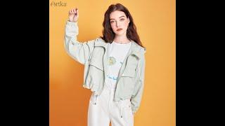 Женская куртка с капюшоном artka однотонная короткая куртка свободные куртки бомберы карманами