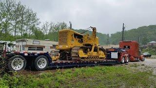 Дальнобой. США. Груз из дома в Техас. 30 тонный Трубоукладчик.