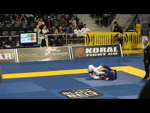 Shibamoto vs Filipe Costa 2012 Mundials BJJ Black belt match