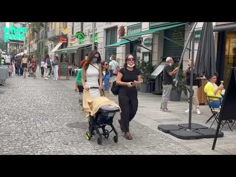 Emily RatajkowskiA Milano con Sylvester Apollo
