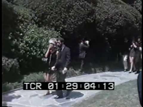 Jay Sebring's funeral: Roman Polanski arrives