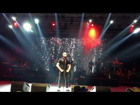 Berkay Gel Gel Live Performance