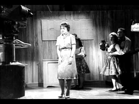Patsy Cline - You Made Me Love You