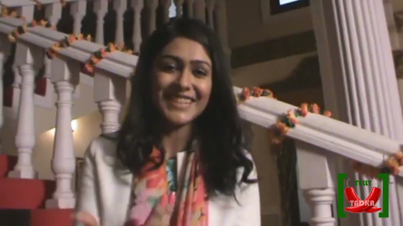 Watch Mrunal Thakur 	2012 video