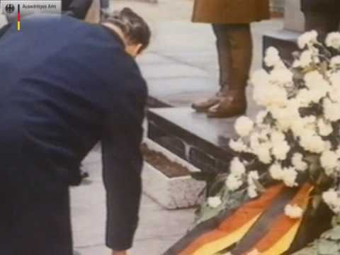 Weimar Bonn Berlin: Milestones in German History  II