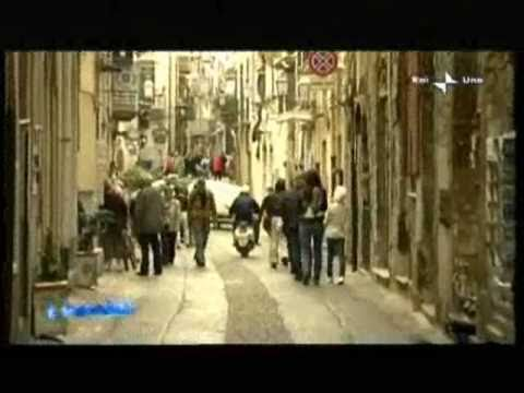 Travel in Italy - holidays in Italy: Sicily - Cefalù (culture and food)