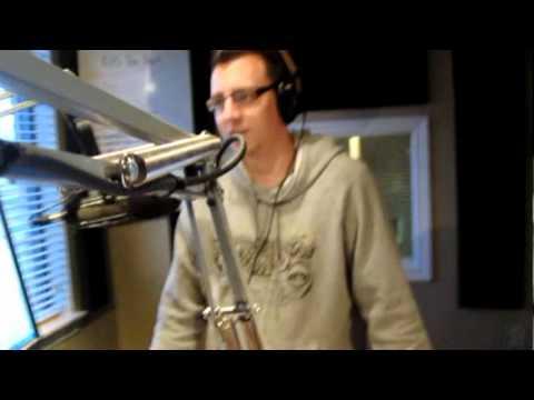 1015 The Hawk Friday Karaoke - October 29, 2010.mpg